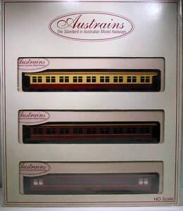 Austrains-HO-Pullman-Coach-Set-7204-35
