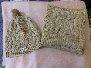 UGG-Australia-Matching-Cream-Hat-And-Scarf-Set