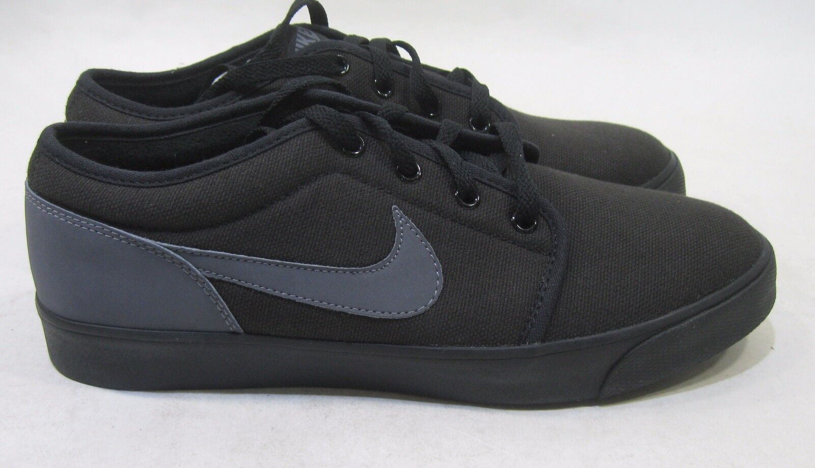New Nike Coast Classic Canvas 443687-006 Black Dark Grey-Dark Grey Size 10
