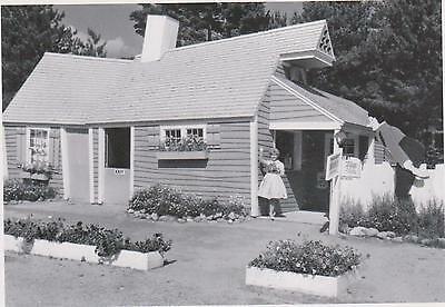 "+PC-Postcard-""The Crooked House"" -1961- ...Classic  @ Story Land, Glen, NH (#76)"