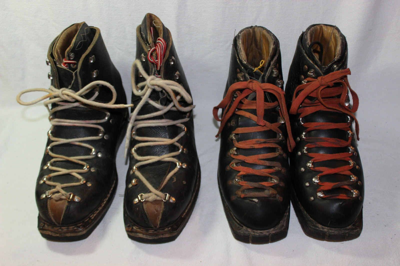 PAIR OF VINTAGE SKI Stiefel GARMISCH