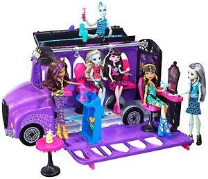 Mattel-Monster-High-FCV63-Monsterbus-Spa-amp-Spieleset-Bus-fuer-Puppen-Neuware