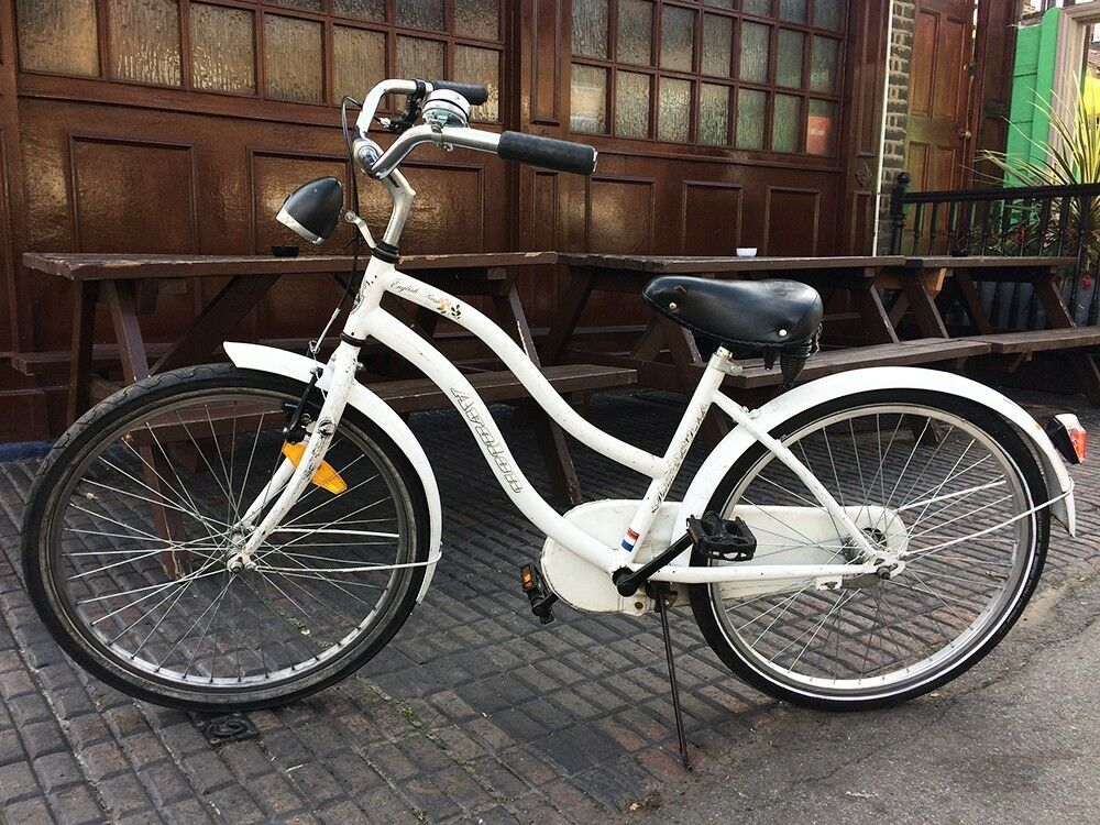 Genuine retro vintage Kids Dutch Bike Avalon English pink Amsterdam serviced