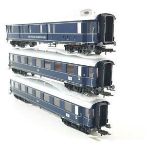 FLEISCHMANN-5843-5840-K-HO-GAUGE-GERMAN-DB-BLUE-TRAIN-EXPRESS-3-CAR-SET