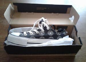 dd9ac0b3618b Converse CT All Stars - Ramones - Black Oxford Lo Tops - New In Box ...