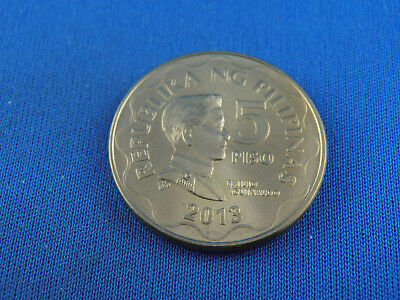Beautiful Philippines 5 Piso 2013 (a15/135i)