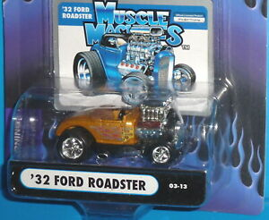 2003 Funline Muscle Machines Die Cast Collectible /'33 Ford Coupe 03-42 1:64
