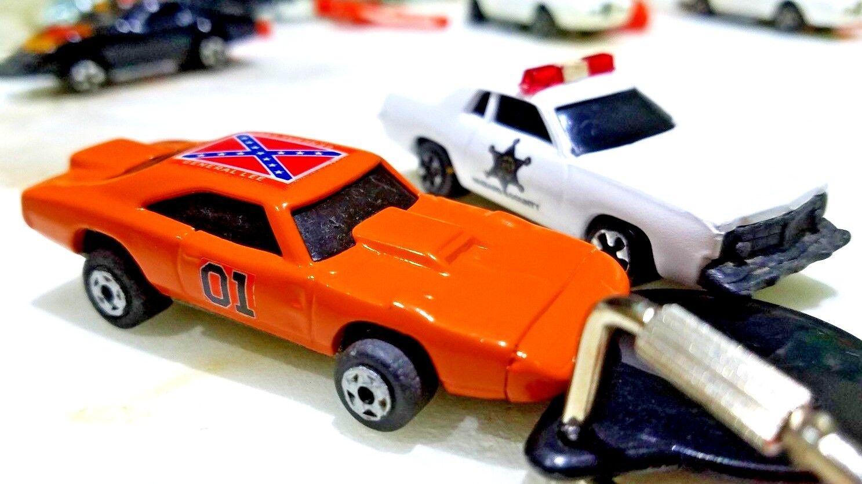 2 Kidco Burnin Key Cars w LAUNCH KEY General Lee