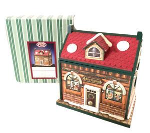 San-Francisco-Windup-Music-Box-Santa-amp-Elf-House-Roof-Opens-Door-Drawer-Toyland