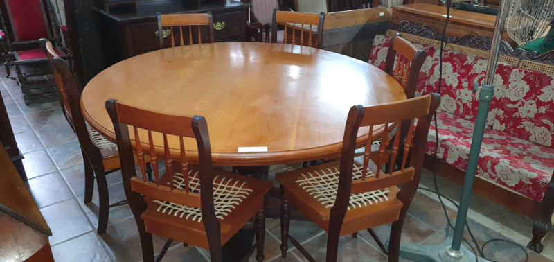 Yellow-wood and Imbuia Round Table and 6 x Riempie Chairs