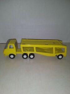 Vintage-1970-039-s-Yellow-Pressed-Steel-Mini-Tonka-Car-Carrier-Hauler