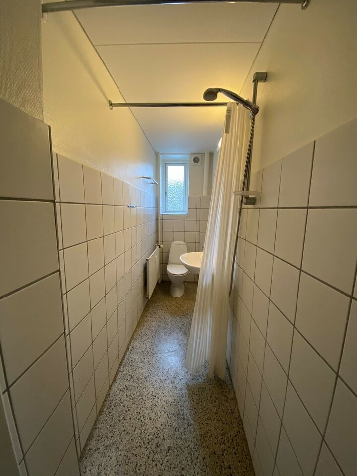 8000 vær. 2 lejlighed, m2 68, Langenæs Allé