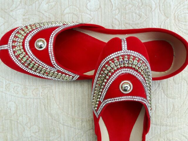 RED VELVET  LADIES INDIAN LEATHER WEDDING    SHOES   SIZE 5