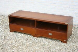 MILITARY-TV-STAND-LONG-VERSION-SOLID-BRASS-DETAIL-MAHOGANY-NEW