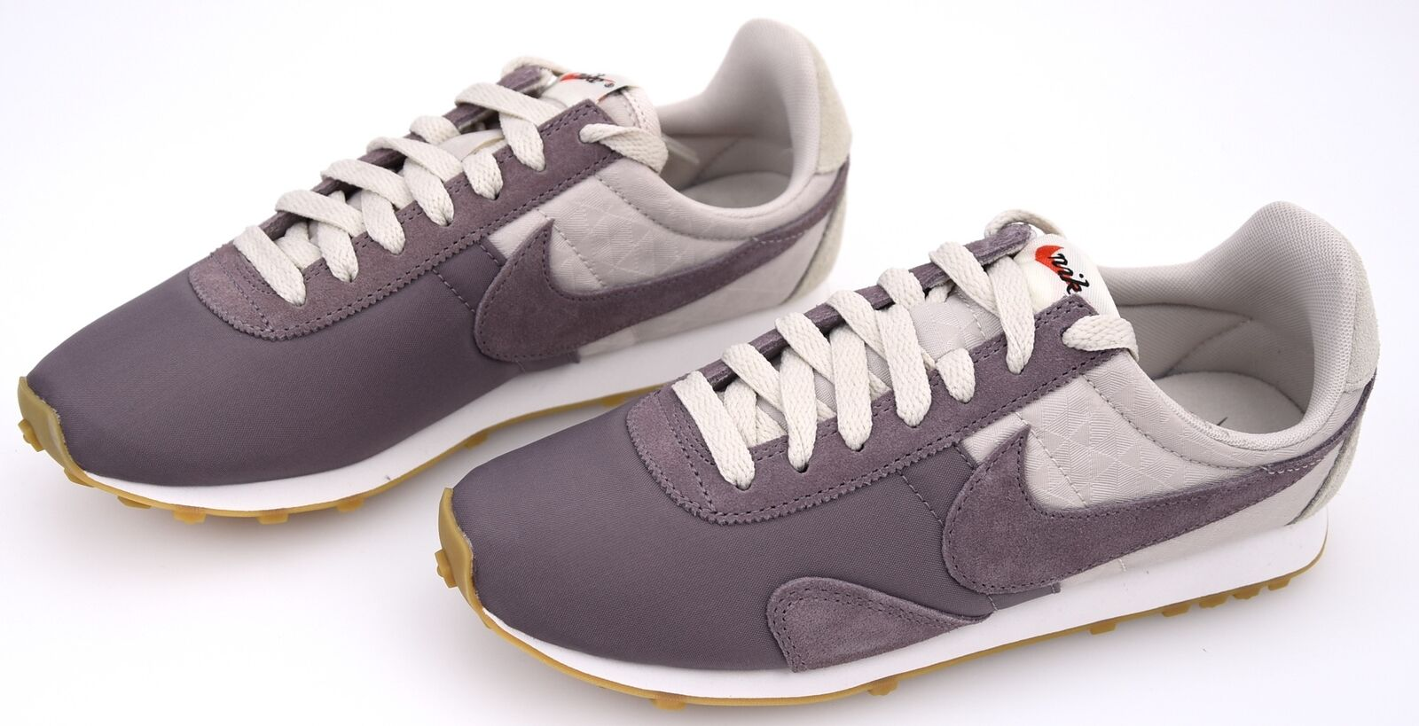 NIKE WOMAN SNEAKER SHOES CASUAL FREE TIME 828436 103 W PRE MONTREAL RACER VNTG