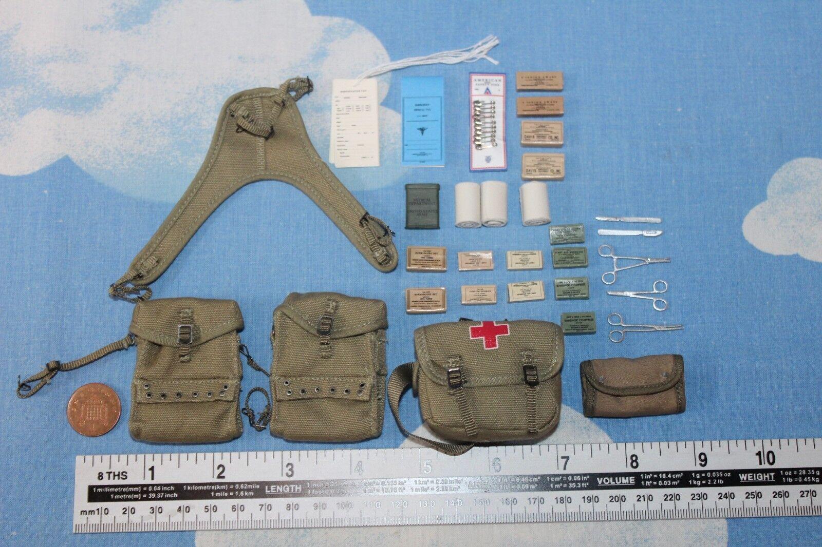 DID 1 6TH SCALE U.S AIRBORNE COMBAT MEDICS EQUIPMENT BAG & EQUIPMENT MEDICS FROM GILBERT ROE 3de458