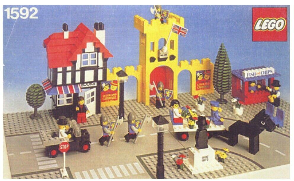 Rare Vintage Lego - Set 1592 - Town Square Castle Scene (1980)