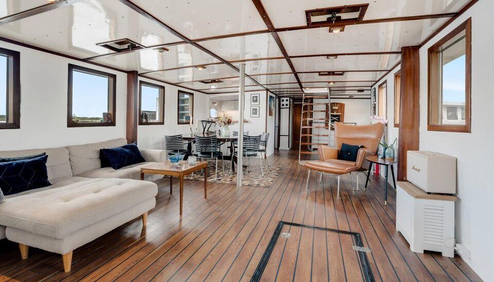 (Reserveret)Special bygget båd/husbåd fra 2007