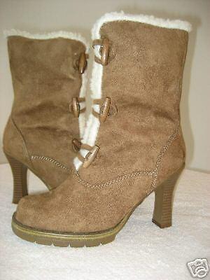 NEW & SEXY  tan faux fur boot 7.5 M toggle closure