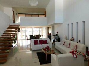 Casa venta Queretaro Corregidora espacios amplios extenso jardin