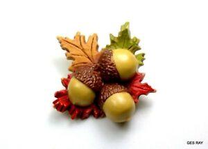 Vintage Hallmark Thanksgiving pin Fall leaves acorn autumn leaf lapel brooch plastic Halloween novelty jewelry