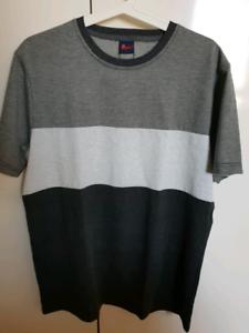 BRAND-NEW-Reph-CHARCOAL-Tricolour-Striped-T-Shirt-SIZE-M