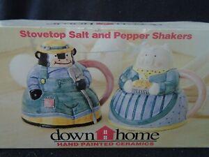 Hand-Painted-Ceramic-Stovetop-Salt-amp-Pepper-Shakers-Cow-amp-Pig