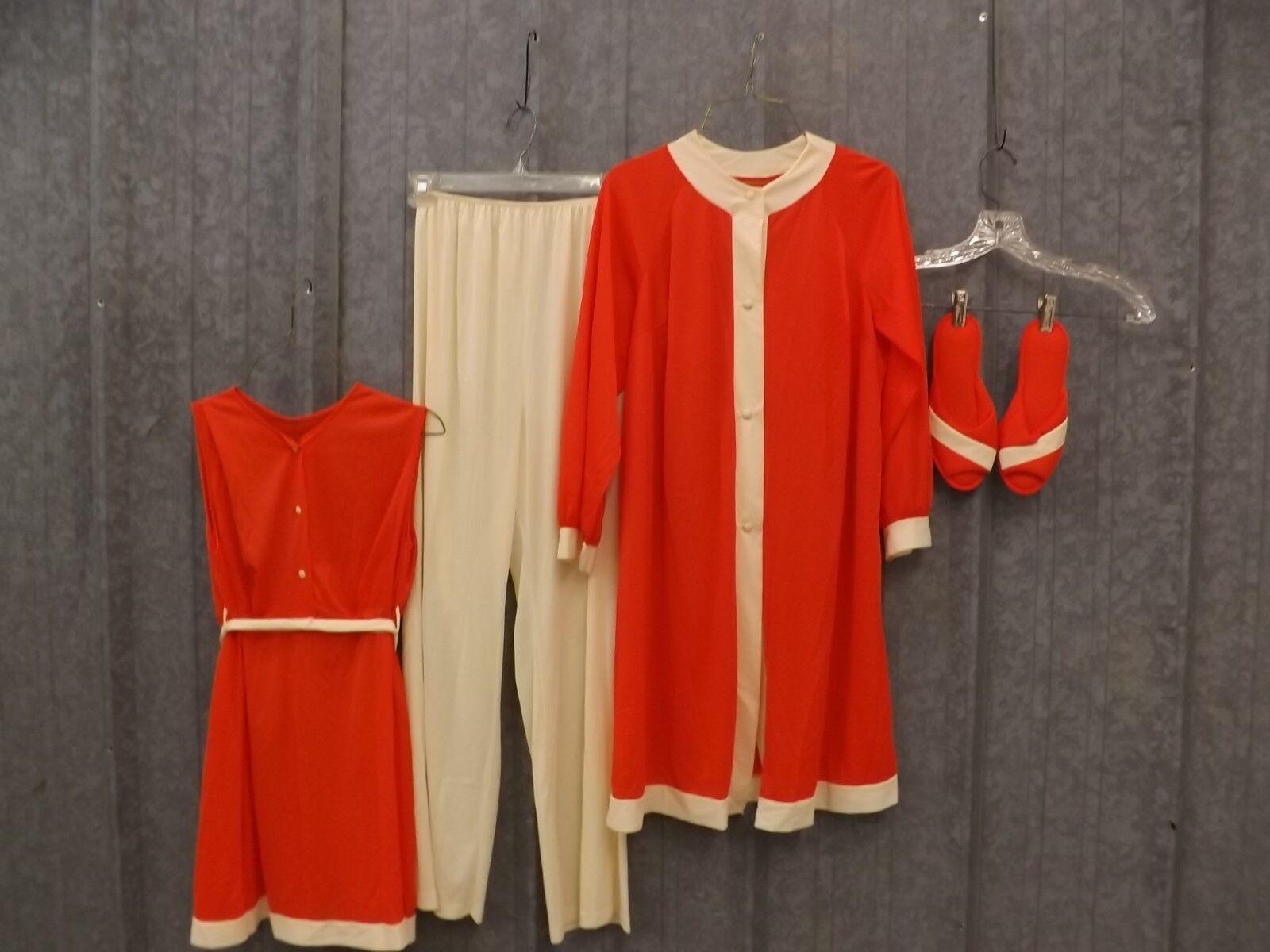Classy Cool  Vtg 1960s NEW Sears Lounge Wear Pajamas Robe Slippers Set Sz S (34)