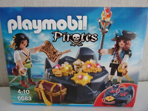 Playmobil-Pirates-6683-PIRATES-039-TREASURE-HIDING-NIP