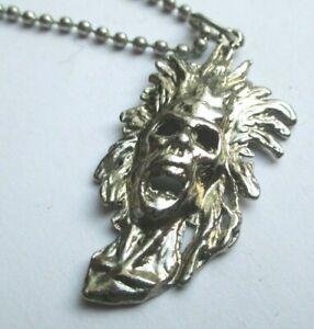 Beau collier unique chaîne pendentif masque atypique bijou argenté 2811