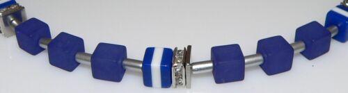 Cubo collar cadena Cube cubo Matt azul oscuro blanco marine resina pedrería 015f