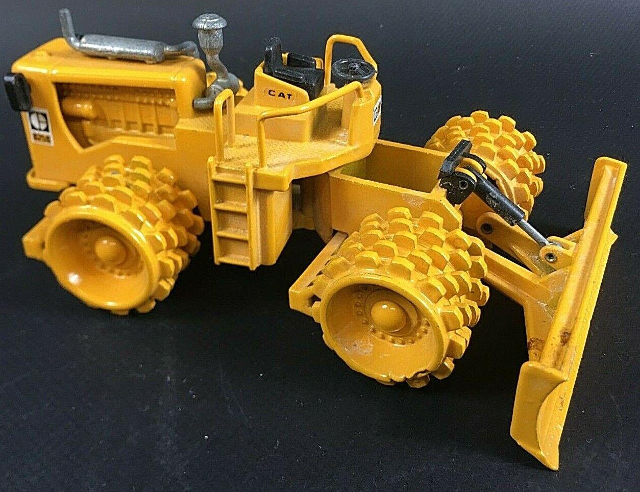 Joal No. 218 Caterpillar Verdichter 825B Baufahrzeug Fahrzeug 1 50 6EA1    Wonderful