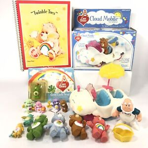 Vintage-Care-Bears-Kenner-Cloud-Mobile-PVC-amp-Notebook-Characters-Lot