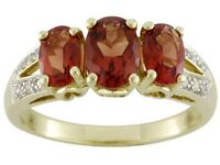 10kt Yg 1.45ctw Oval 3-stone Red Andesine Labradorite/diamond Accent Ring Size 7