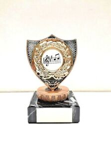 SOLID PLASTIC TOP SIZE 9.5 CM FREE ENGRAVING MARBLE BASE SPECTRUM  TROPHY