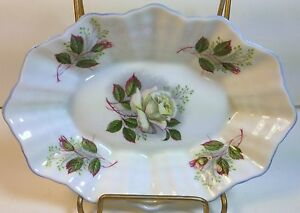 Shelley-China-Pin-Jelly-Dish-in-Baileys-White-Wild-Rose-on-Dainty-Shape