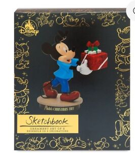 Mickey-Mouse-Memories-Through-Years-Pluto-039-s-Christmas-Tree-Sketchbook-Ornament