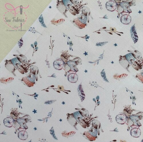 John Louden Ivory Bunnies on Bicycle Korean 100/% Cotton Fabric