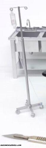Escala 1:12 Casa De Muñecas En Miniatura Hechas a Mano Sangre Refrigerador//goteo está parado 3 artículo