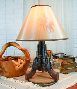 Western Wild West Triple Six Shooters Revolver Guns Side Table Lamp Statue Decor
