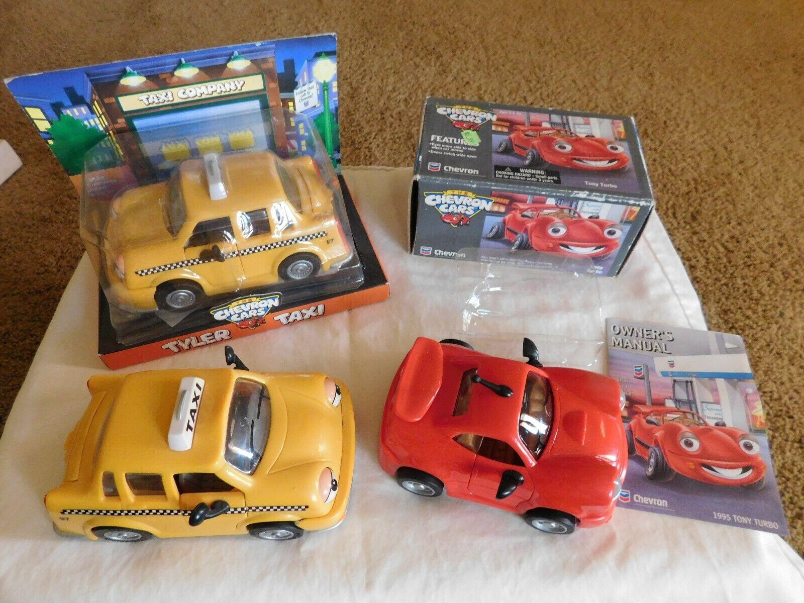 Lote de 3 Chevron Coches Nuevo En Caja Como Nuevo Tyler Taxi Amarillo Y Rojo Tony Turbo + 1 Suelto Extra