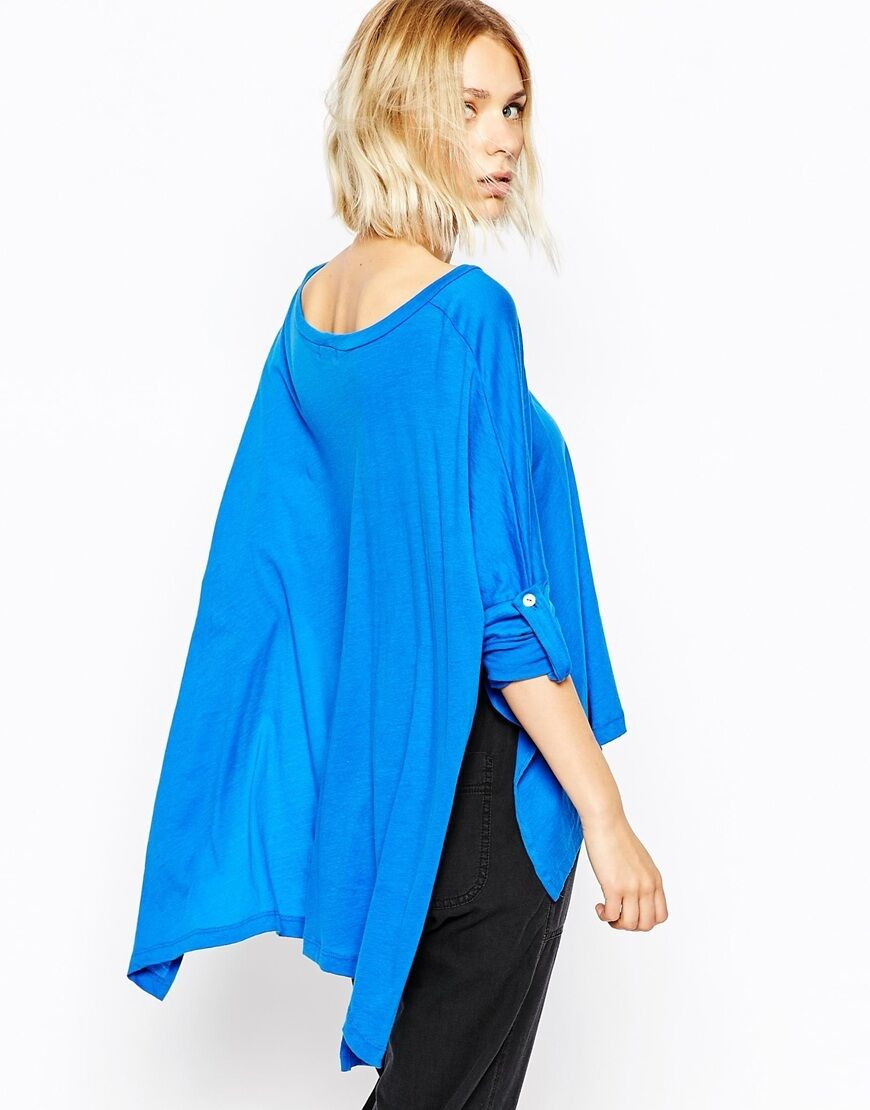 Lna Blau woman rolled sleeved cape tee Größe M NWT