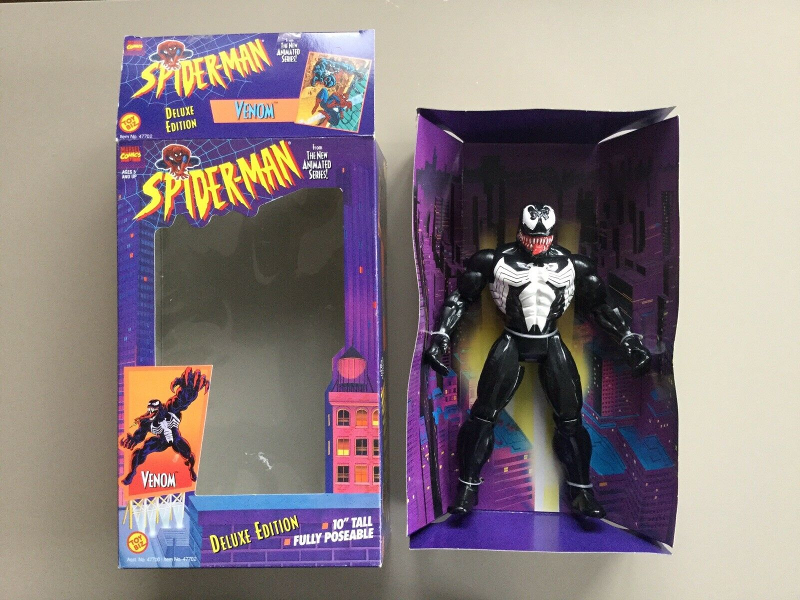 "1994 ToyBiz Spider-Man Animated Series - Venom Deluxe 10"" Inch Marvel Figure Toy"