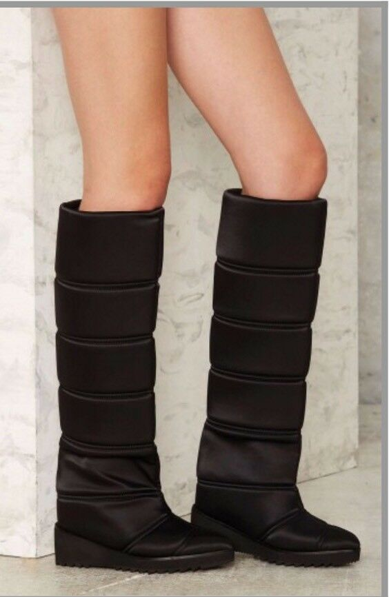 Jeffrey Campbell Squall Black Quilted Boots In Black size 7