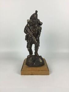 Royal-Irish-Ranger-SA80-Caubeen-Cold-Cast-Bronze-Military-Statue