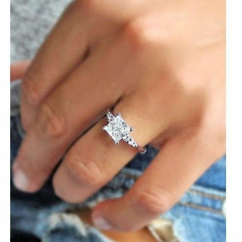 Certified 2.10Ct Princess Cut Diamond Engagement Ring in Solid 14K White gold