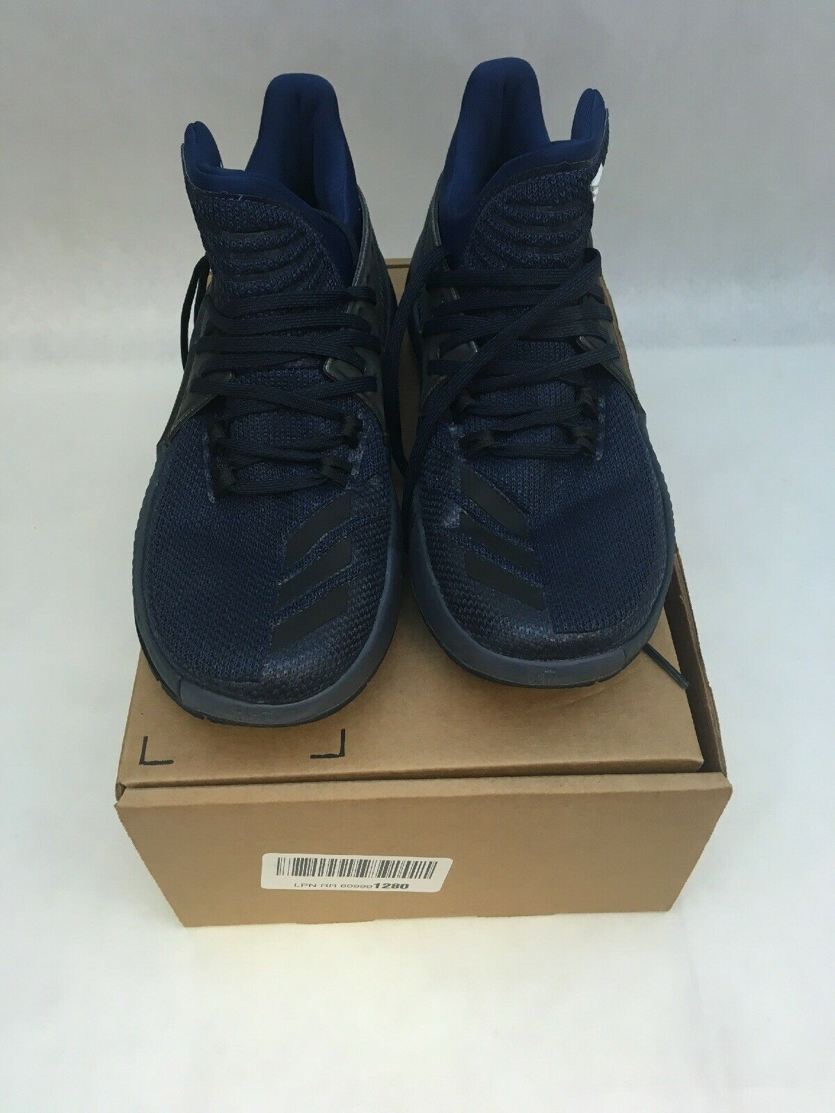 Adidas Wear The Letter bluee Size 8 Basketball shoes