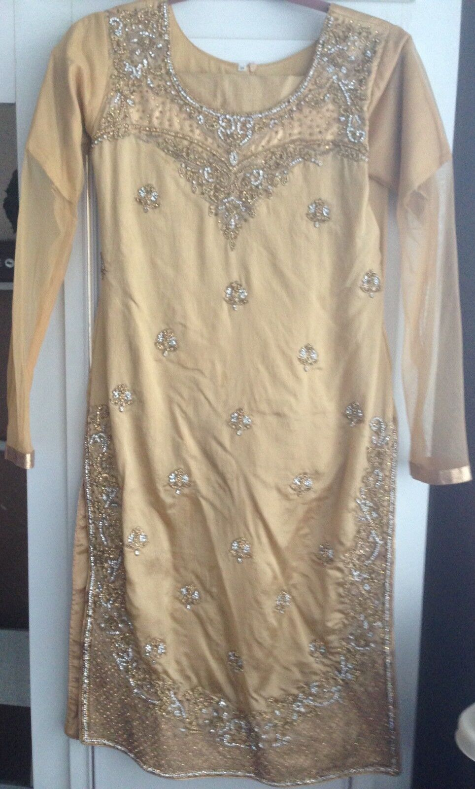 Asian Women's Nude & gold Outfit Size 8 10 For Weddings Eid Diwali Parties
