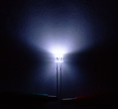 5mm LED cabeza troncocónica Flattop blanco claro 120 ° ángulo super brillante 50 unid braguitas