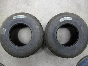 Kart-Reifen-Vega-weiss-2-Stueck-11-0-x-6-00-5-fuer-Hobbyfahrer-gebraucht